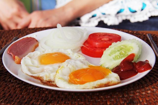 breakfast-1736856_640