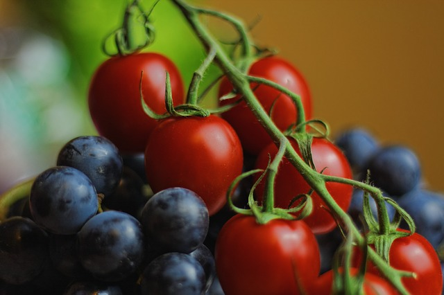 tomatoes-932075_640