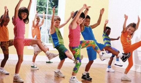 Детский фитнес с Дениз Остин