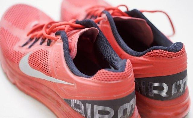 shoes-933189_1280