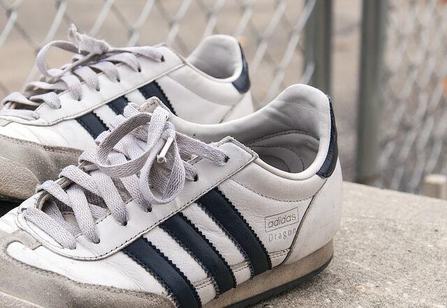 sneakers-533974_640