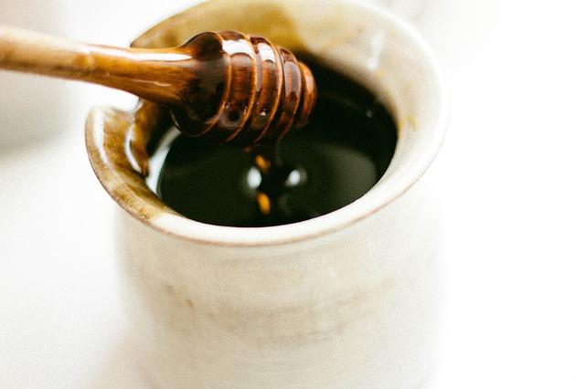 honey-dipper-351485_640