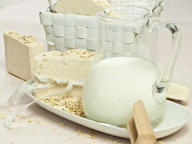 oatmeal-soap-1725686_640
