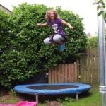 Особенности занятий на батуте, польза и вред прыжков