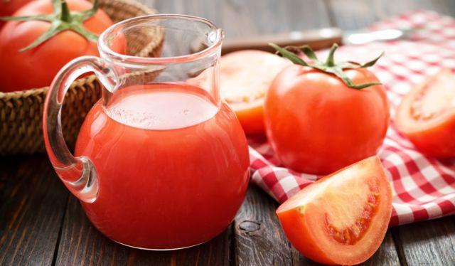 Томатный сок и молоко для похудения