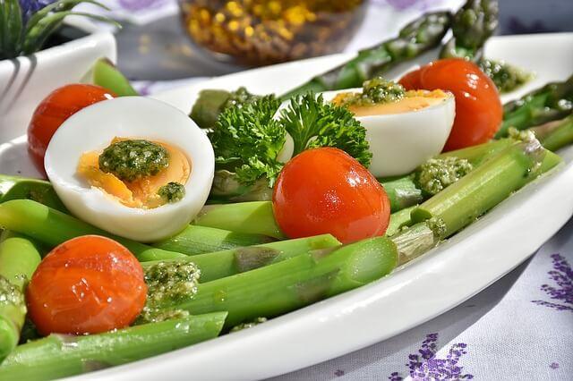 asparagus-1307604_640