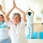 Бодрящая зарядка для пожилых людей за 60 лет