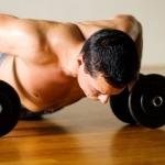 Подробно о мышцах, которые работают и качаются при различных отжиманиях от пола