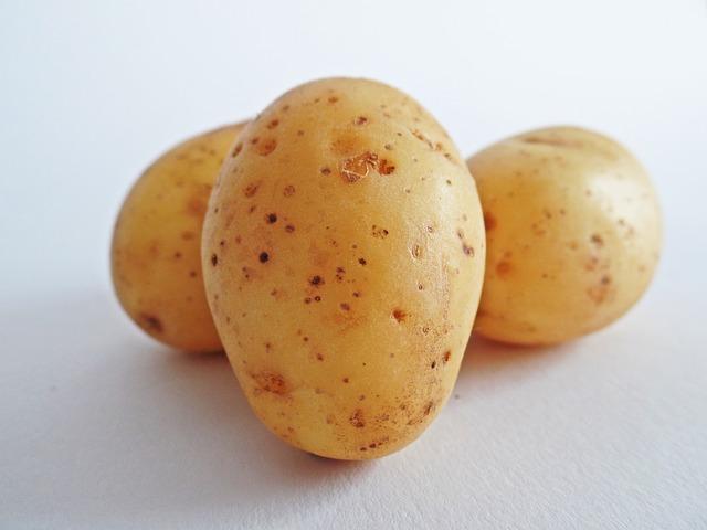 potatoes-448613_640