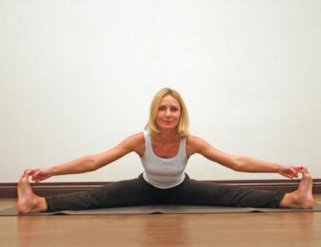 2_cigun_yoga_dlya_zhenshchinna_fifa-by_