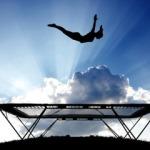 Приятно и полезно: польза прыжков на батуте для похудения и общего самочувствия