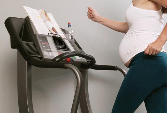 Бег во время беременности и ее планирования - можно ли подвергать себя риску