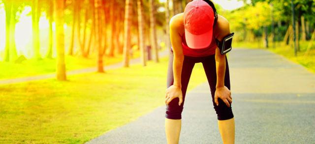 Боль в боку при беге: разбираемся с причинами