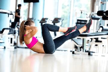 Жиросжигающая тренировка в тренажерном зале для девушек и мужчин