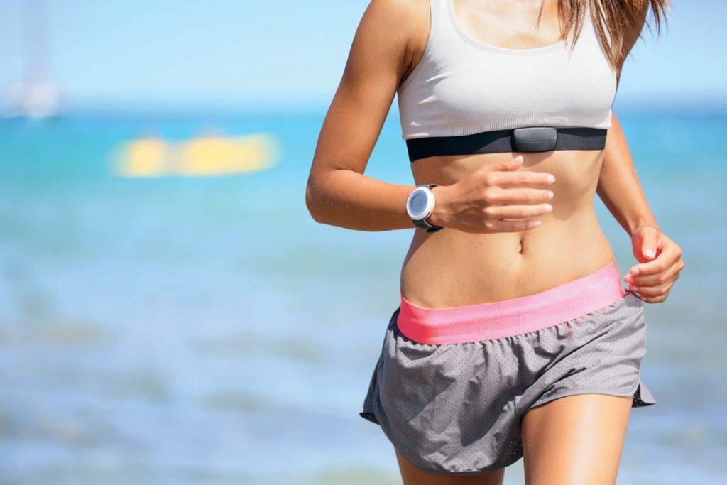 Бег на голодный желудок - можно ли бегать по утрам натощак?