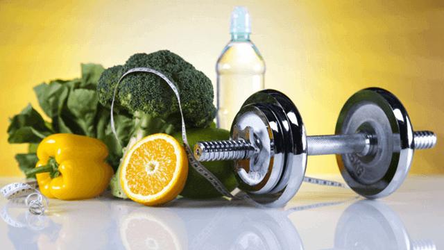 Еда и спорт: за сколько и через сколько можно заниматься