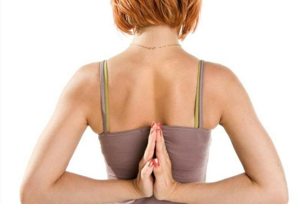 Красивая осанка: упражнения на исправление в домашних условиях