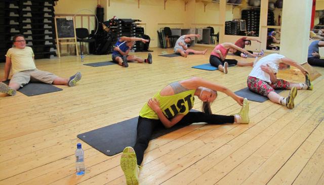 Упражнения суставной гимнастики бубновского операция по замене тазобедренного сустава отзывы