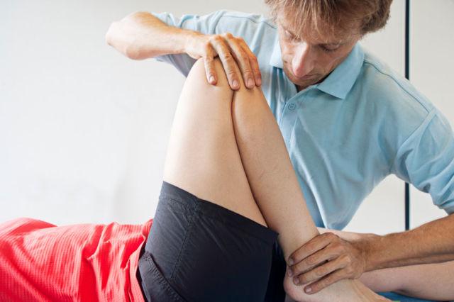 Гимнастика при коксартрозе: лечебные упражнения для тазобедренных суставов
