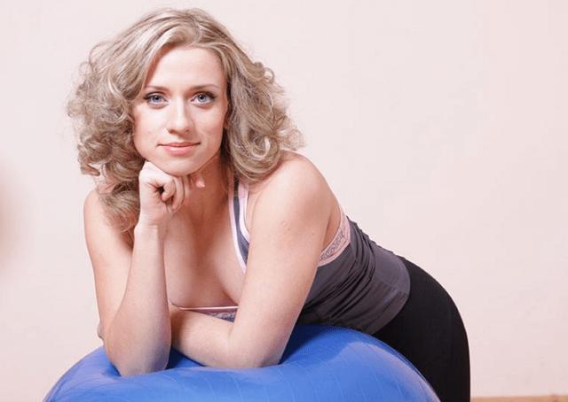 упражнение для вытягивание шеи и похудение лица