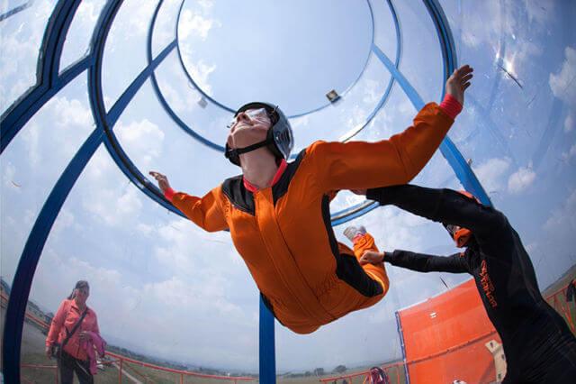 Полеты в аэротрубе, как способ расслабиться и снять стресс от тренировок