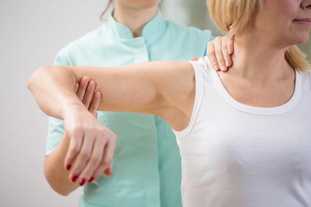 Реабилитация после травмы плечевого сустава операции по исправлению суставов ног