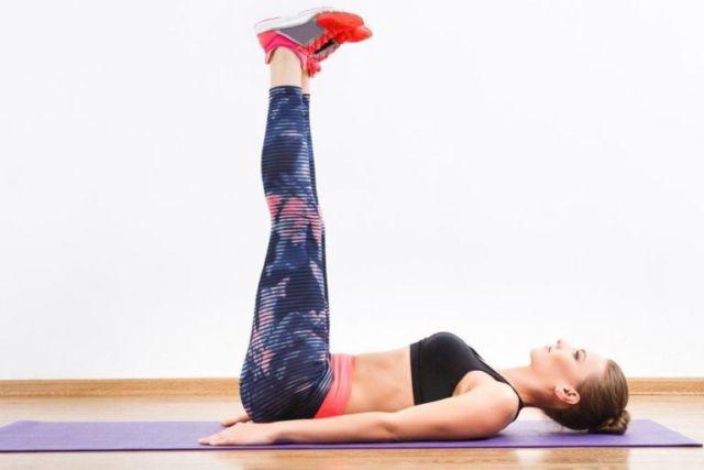 Подбираем упражнения, которые помогут при опущении почки