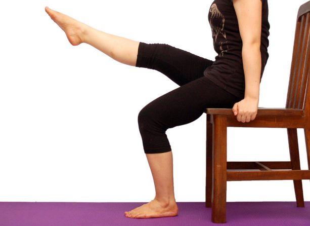 Изображение - Комплекс упражнений при гонартрозе коленного сустава uprazhnenie-na-koleno-sidya-1024x778