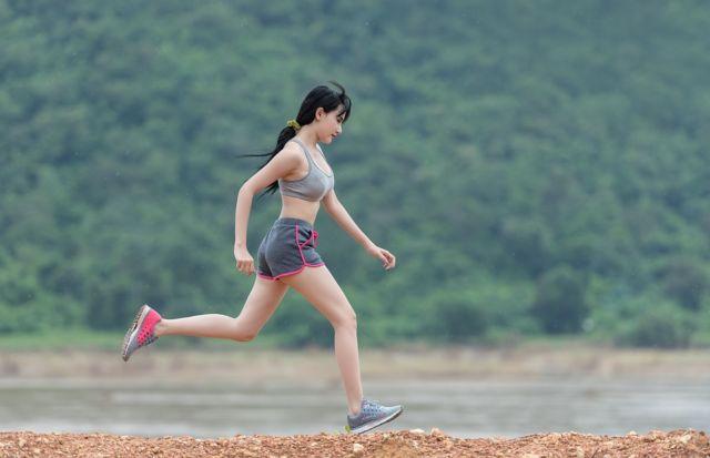 Преимущества трикотажной одежды для фитнеса