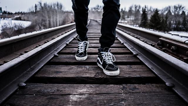Лучшие кроссовки для бега зимой: выбираем подходящую обувь
