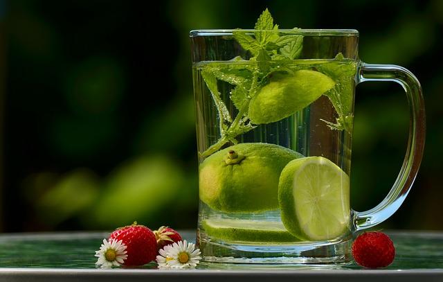 Диета для ленивых: минус 12 кг за месяц, благодаря воде