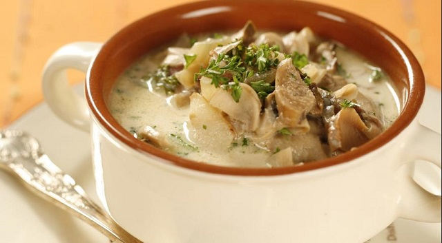Десять диетических рецептов супа из брокколи: полезно и вкусно