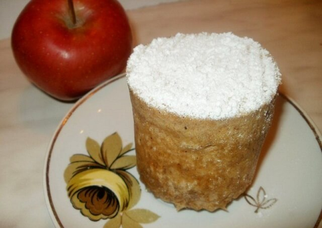 Лакомство за две минуты: рецепты кекса в кружке в микроволновке