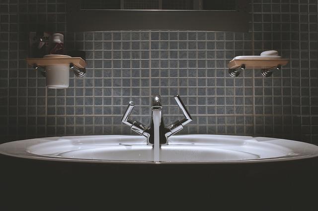 Жемчужные ванны: показания и противопоказания к водным процедурам.